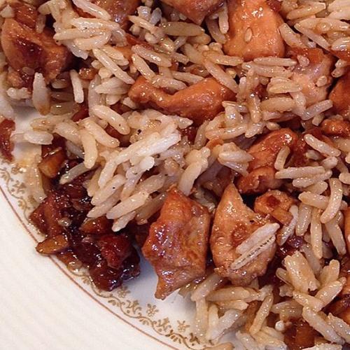 Émincés de poulet caramélisés au gingembre