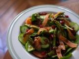 Salade de saumon, concombre et asperges vertes